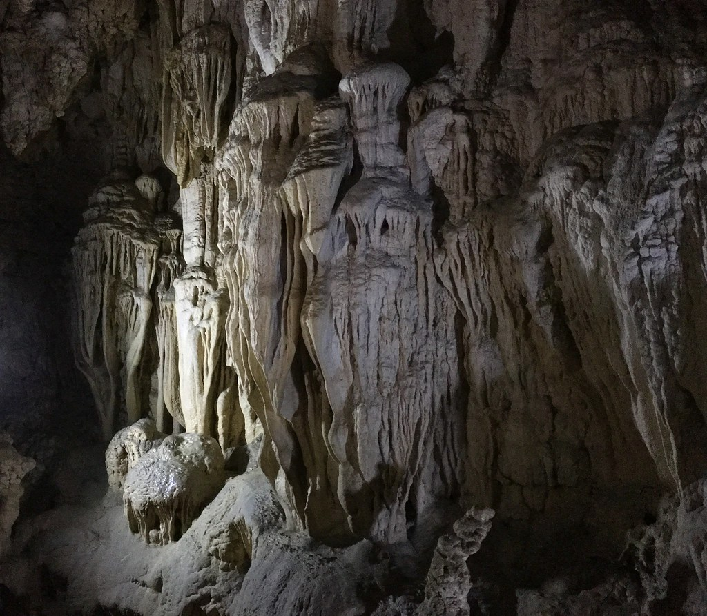 Alfred Caves