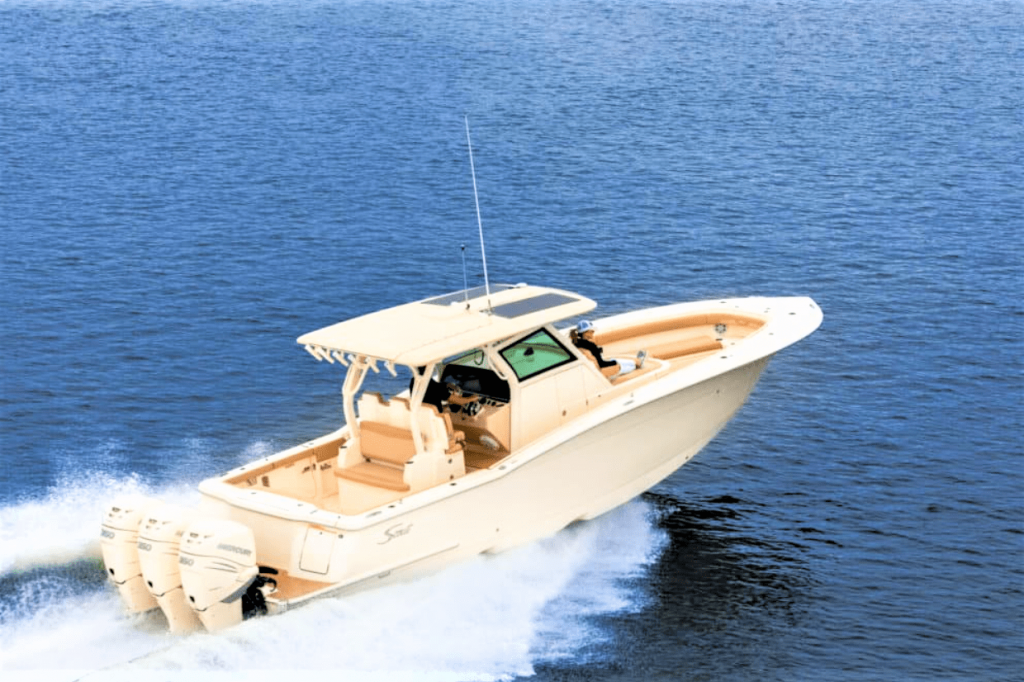 Boat-to-reach-Avis-Island-min-1024x682.png