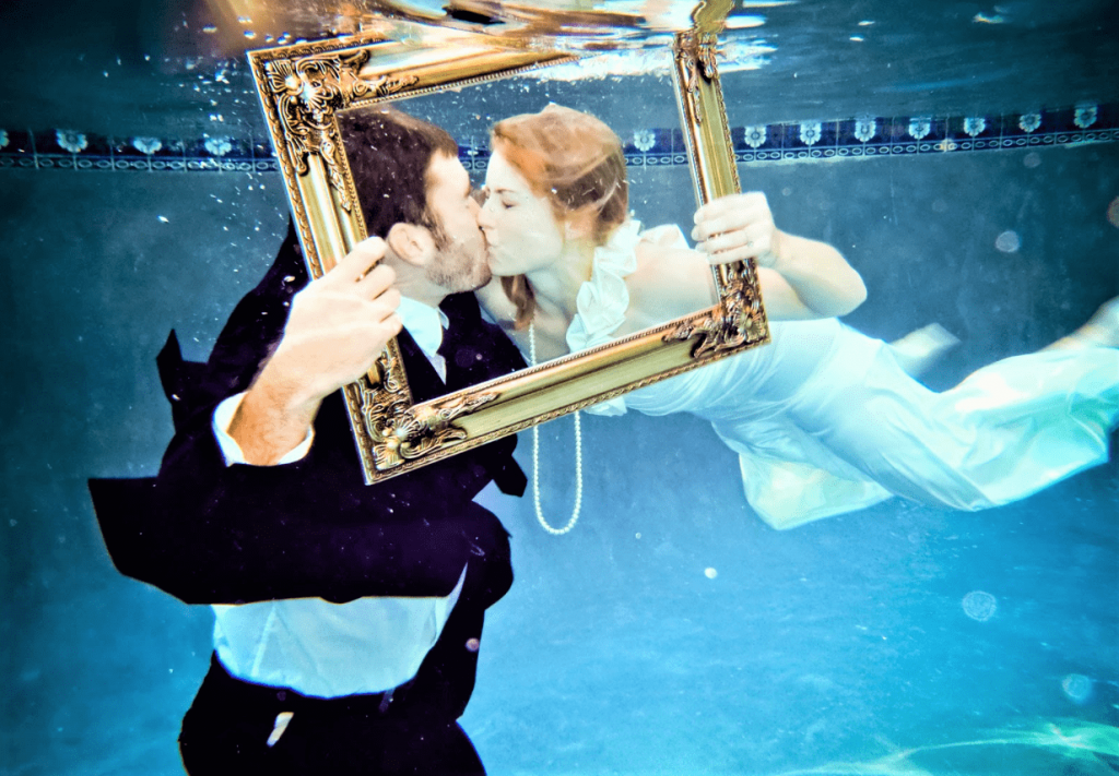 Undertwater-wedding-9-min-1024x711.png