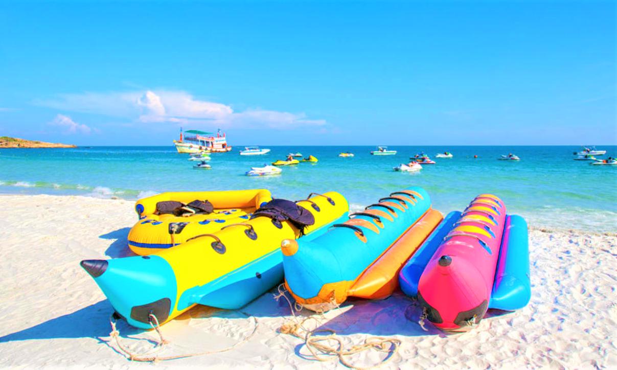 Banana-Boat-Ride.png