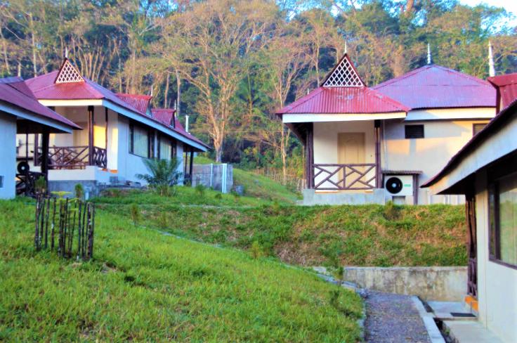 Baratang-Island-Hotel-2.png
