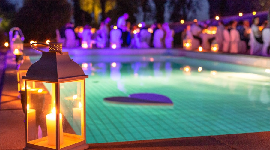 Romantic Beach Side with Candle Light Dinner Tour Package
