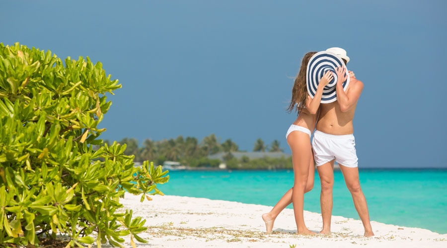Andaman & Nicobar Islands Honeymoon Trip with Flower Bed and Beach Candle Light Dinner
